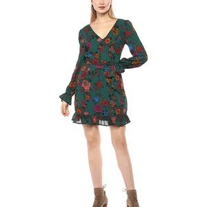 Jack Petal Down Wallflower Dress